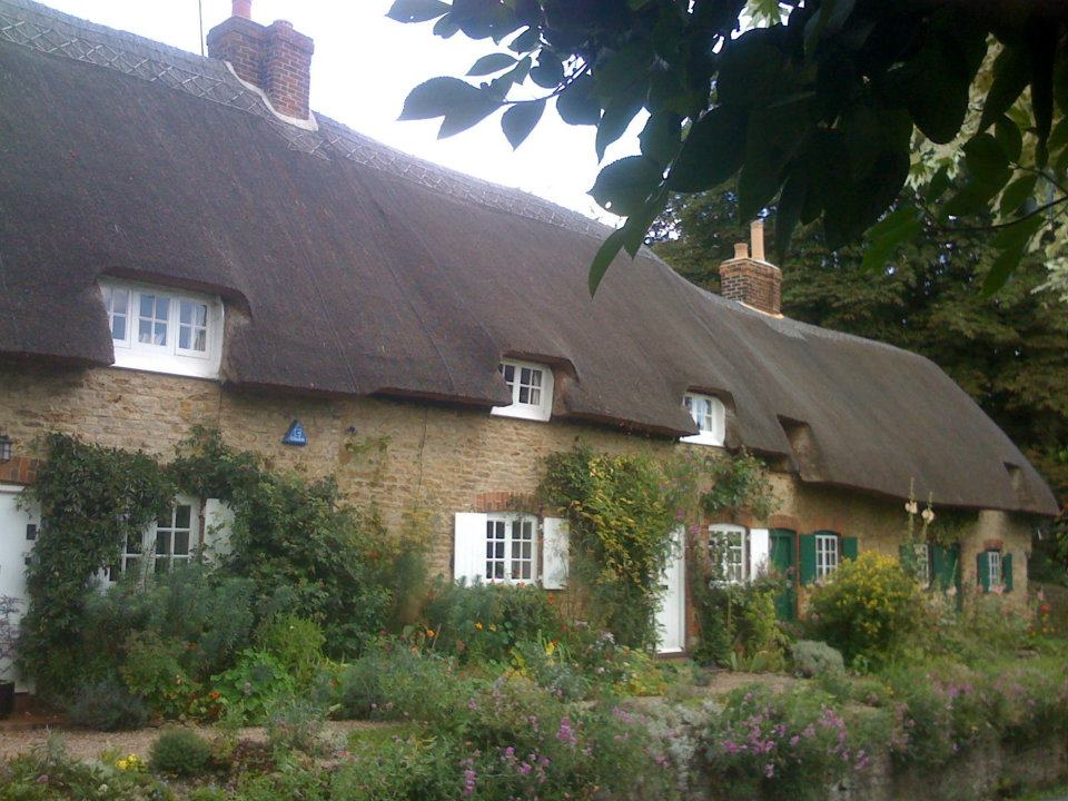 A thatched roof in Oxfordshire, England.